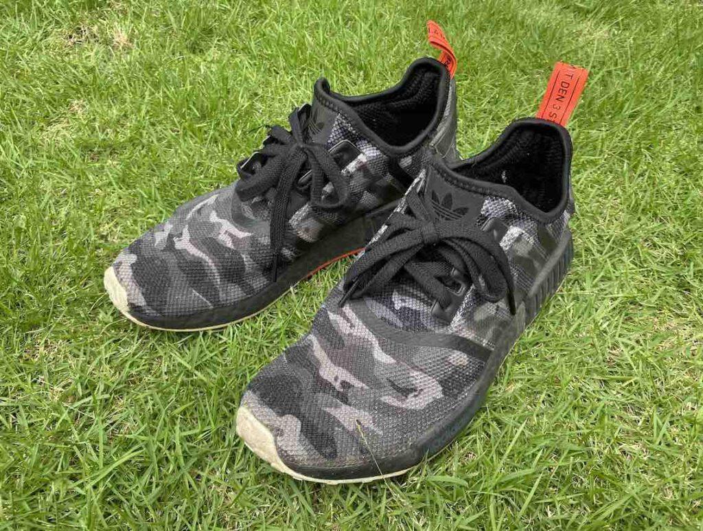 3. รองเท้า Adidas รุ่น NMD