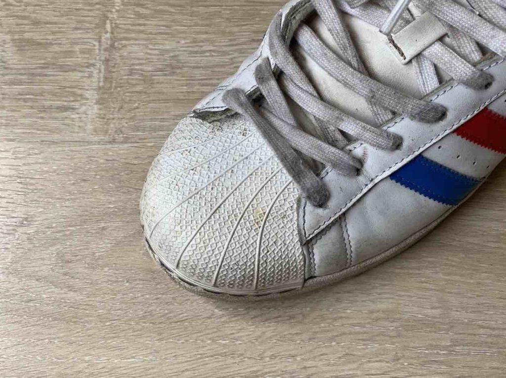 """""""รองเท้า Adidas"""" รุ่นไหนดี"""