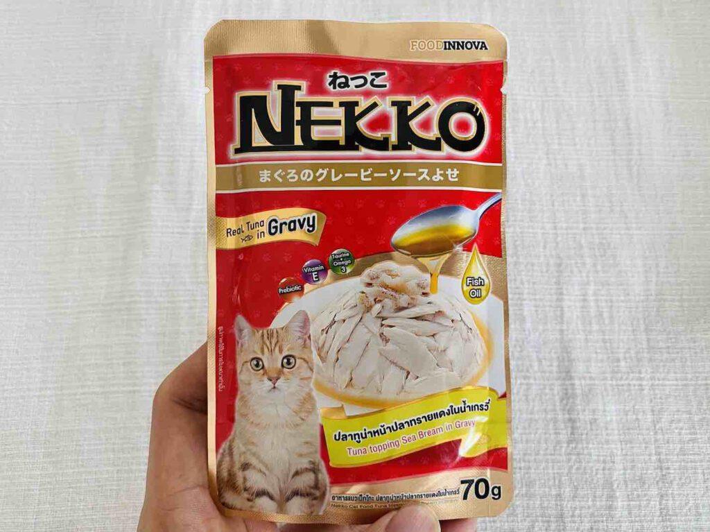 3. อาหารแมว ยี่ห้อ NEKKO สูตรปลาทูน่าหน้าปลาทรายแดงในน้ำเกรวี่ แบบเปียก