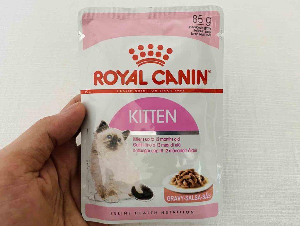 3. อาหารลูกแมว แบบเปียก ยี่ห้อ ROYAL CANIN KITTEN