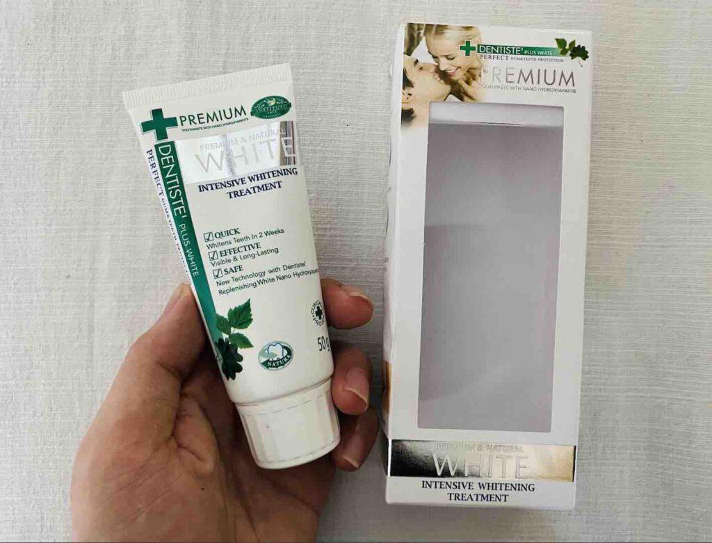 1. ยาสีฟันฟันขาว ยี่ห้อ DENTISTE' Premium & Natural WHITE