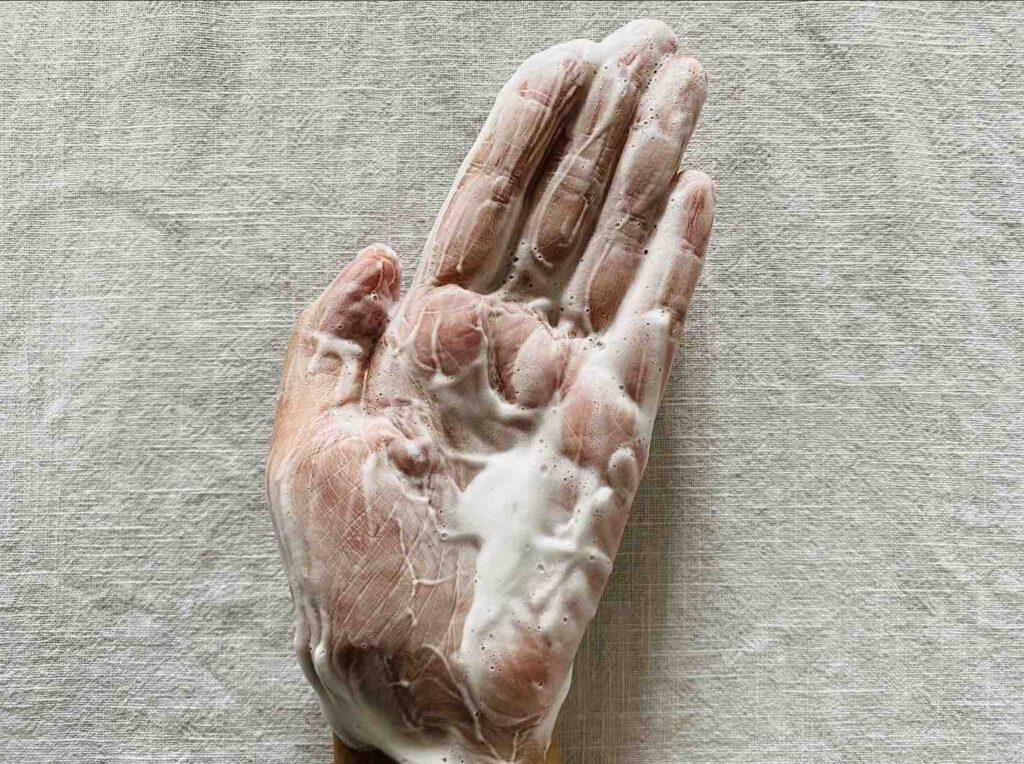 ยี่ห้อ GARNIGER PureActive ANTI-ACNE WHITE