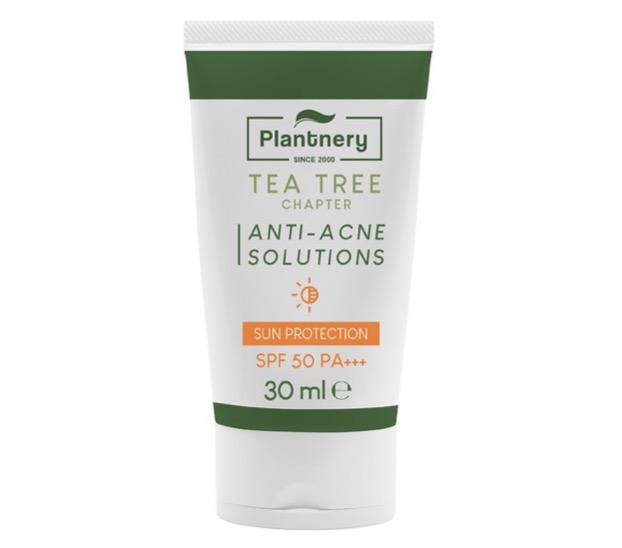 4. ครีมกันแดดสำหรับคนเป็นสิว ยี่ห้อ Plantnery Tea Tree Sunscreen Acne Oil Control SPF 50 PA+++