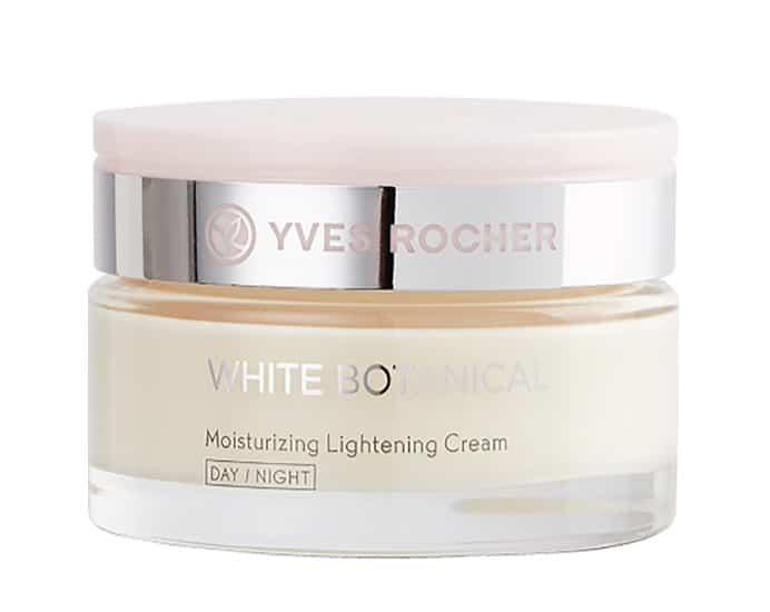 1. เดย์ครีม ยี่ห้อ Yves Rocher White Botanical Moisturize Lighten Cream Day&Night