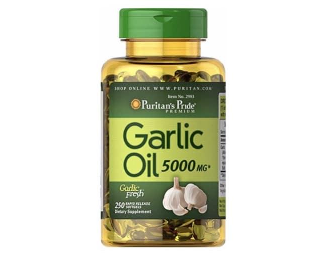 1. น้ำมันกระเทียม ยี่ห้อ Puritan's Pride Garlic Oil
