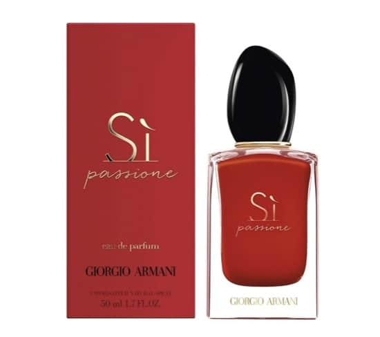 1. น้ำหอมผู้หญิง ยี่ห้อ Giorgio Armani Si Passione