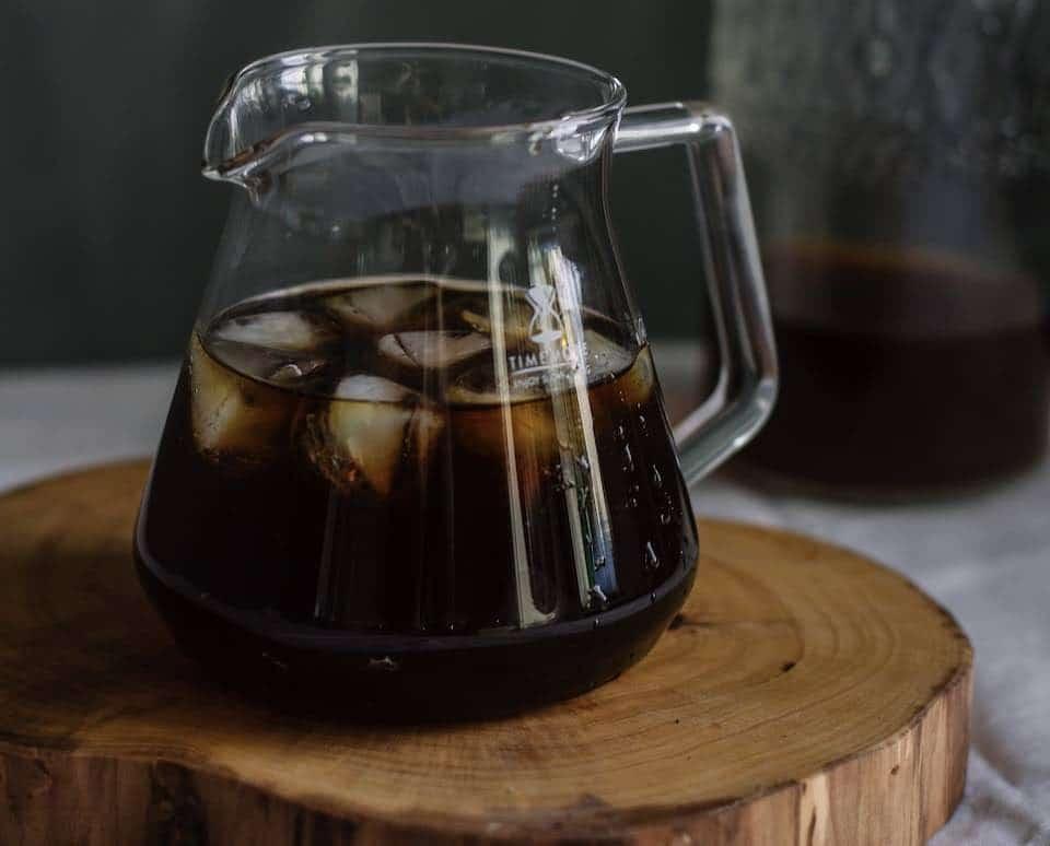 """มาทำความรู้จักกับ """"กาแฟ Cold Brew"""" กันสักนิด"""