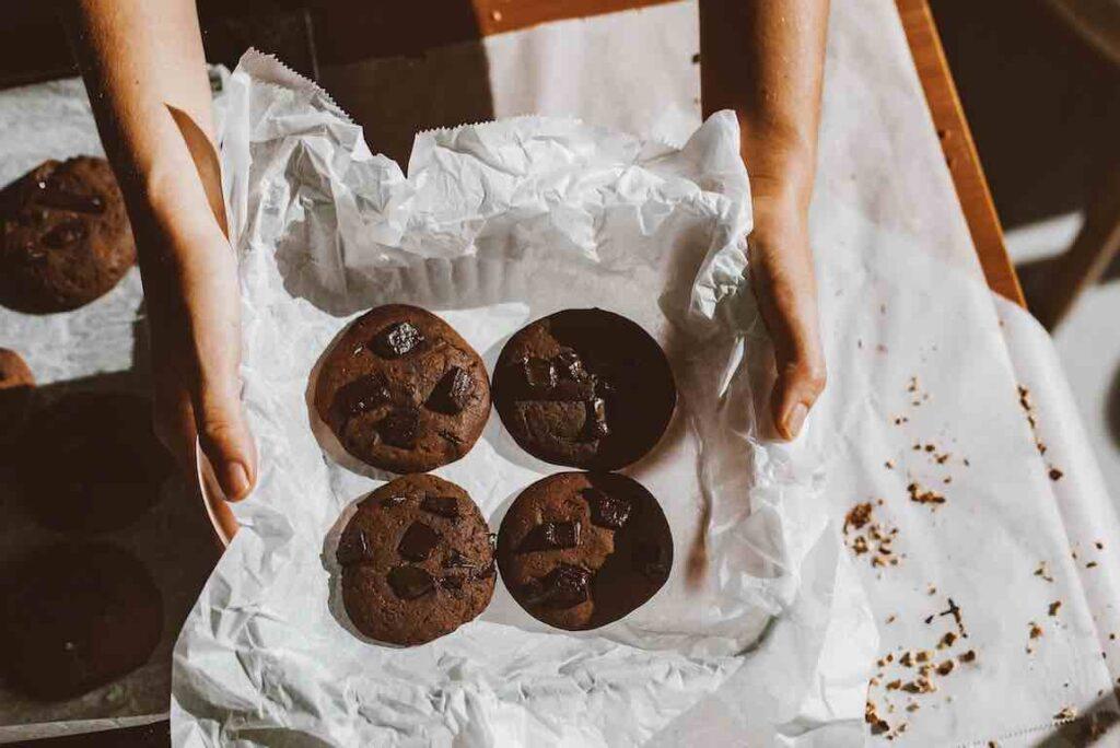 """ประโยชน์ของ """"ขนมช็อกโกแลต"""" (Chocolate)"""