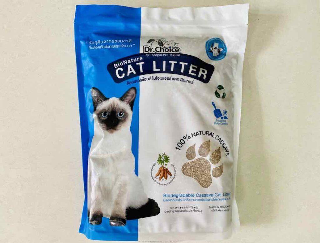 1. ยี่ห้อ Dr.Choice BioNature Cat Litter ทรายแมวมันสำปะหลัง